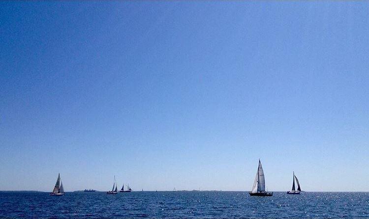 Leikkimielinen veneilykisa, Loki-navigointi kuljettaa tänä kesänä kuusi venekuntaa Suomen saariston mielenkiintoisimpiin kohteisiin.