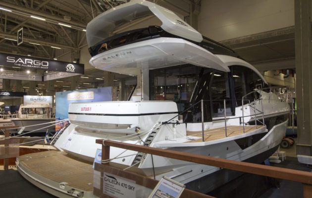 Vene 18 Båt: Näyttelyn veneet − matkavenefinalistit