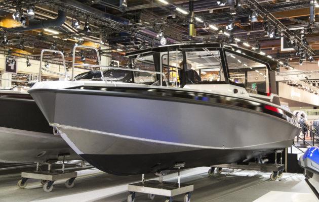 Vene 18 Båt: Alumiini pitää pintansa