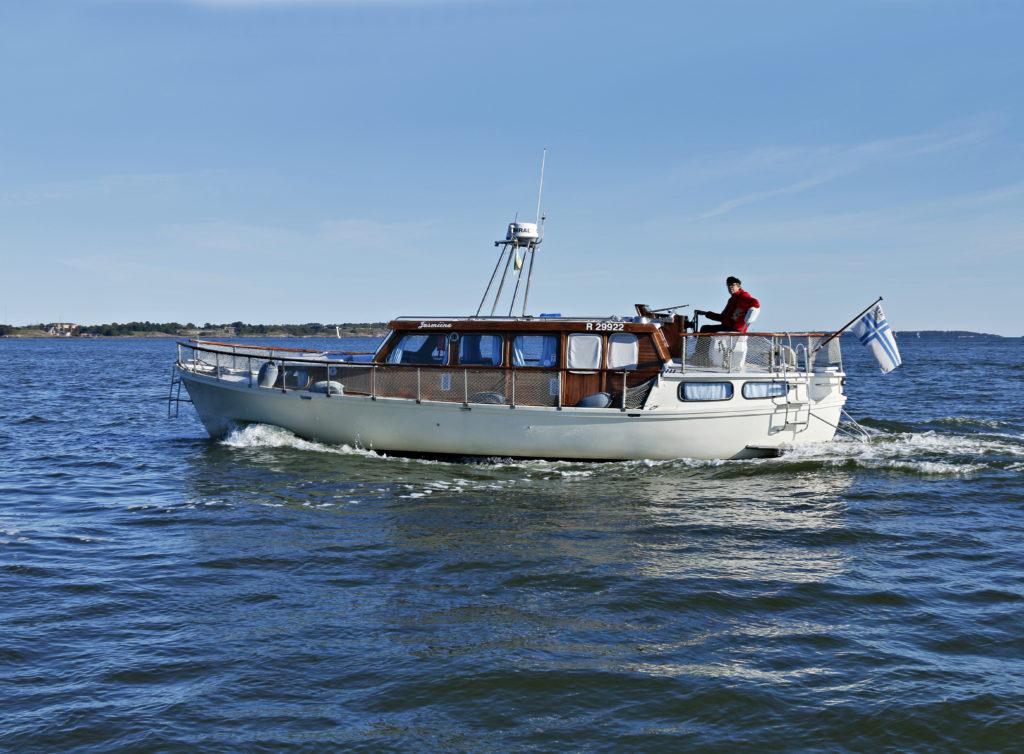Kuukauden käytetty: Norppa 10 TK - Matkalle ja asumiseen. Suuressa uppoumaveneessä viihtyy pitkään tilojen mukavuuden ansiosta.